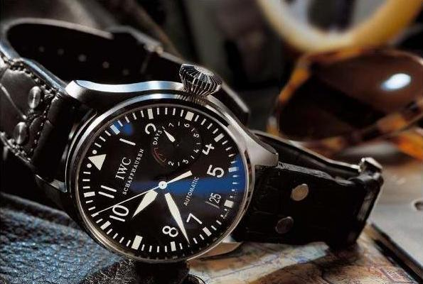 IWC-pilot-watch-03a