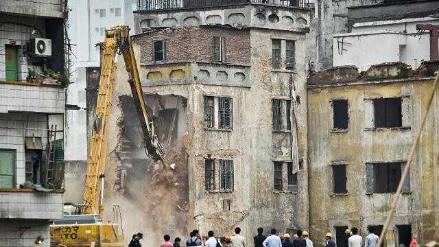 destroy house in china