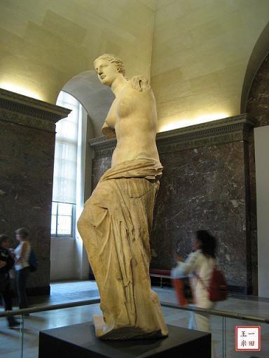 羅浮宮三寶:斷臂維納斯