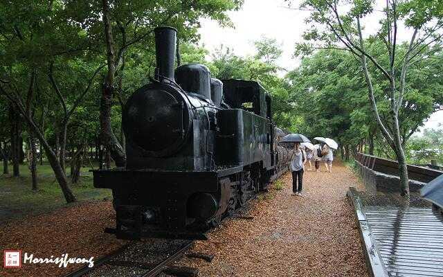 走铁道, 看看老火车头. ] -罗东林业文化园区之一